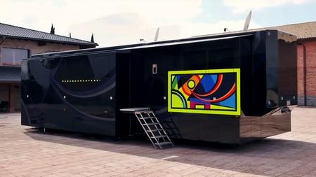 Este es el motorhome de Valentino Rossi: una casa de lujo portátil obra de una empresa española