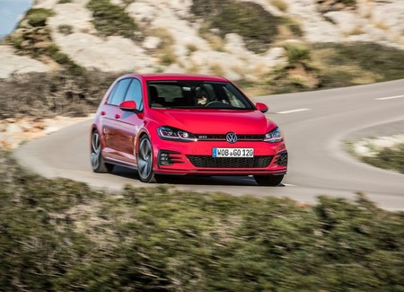 Volkswagen Golf Gti 2017 1280 10