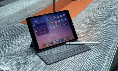 La generación anterior del iPad en oferta hoy con (casi) 50 euros de descuento y envío gratis: Apple iPad (2019) por 300 euros
