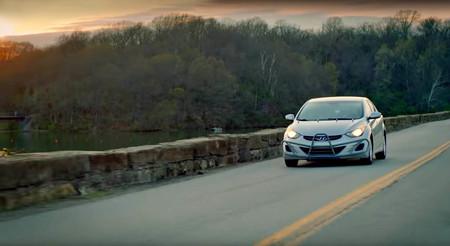 Esta mujer ha recorrido 1.600.000 kilómetros en cinco años con su Hyundai Elantra: ¡876 km diarios de media!