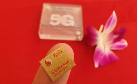 """Snapdragon 865 a fondo: 5G, video 8K y """"gaming a nivel de una PC"""" para los smartphones insignia de 2020"""