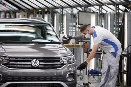 Volkswagen Navarra ve luz al final del túnel: pasará del ERTE a contratar personal para aumentar la producción