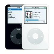 Carga el iPod y úsalo al mismo tiempo