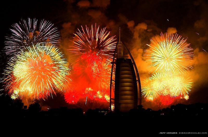 Foto de dubai fuegos artificiales año nuevo (2/4)