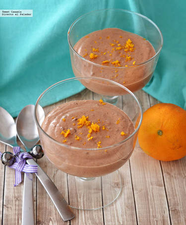 Mousse de chocolate con un toque de naranja. Receta para el Día del Niño