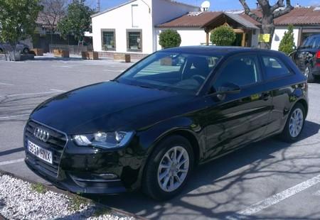 Audi A3, servicio alquiler a domicilio toMyDoor de Europcar