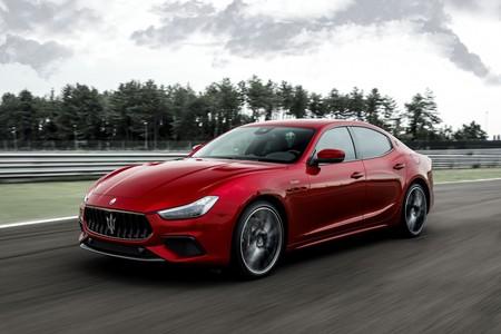Maserati Ghibli Trofeo y Quattroporte Trofeo: ahora con motor V8 y 580 CV para las berlinas más rápidas en la historia de la marca