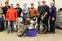 Build Milwaukee, restauramos la moto y aprendemos mecánica