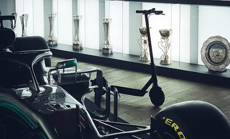 El nuevo patinete eléctrico Xiaomi Mi Electric Scooter Pro 2 tendrá una versión especial con los colores del F1 de Lewis Hamilton