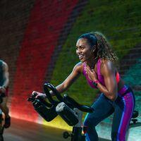 Apple Fitness+ llega a España este otoño con entrenamientos en grupo y nuevos ejercicios