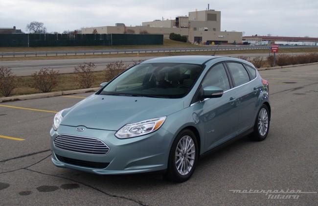 Ford Focus eléctrico toma de contacto en Dearborn (exterior) 01