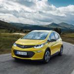 GM se adelanta a Tesla en el mercado: más de 300 km de autonomía real para los Chevrolet Bolt EV y Opel Ampera -e