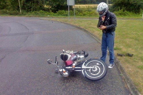 Me he caído en moto, ¿y ahora qué hago? Estos son los siete pasos clave