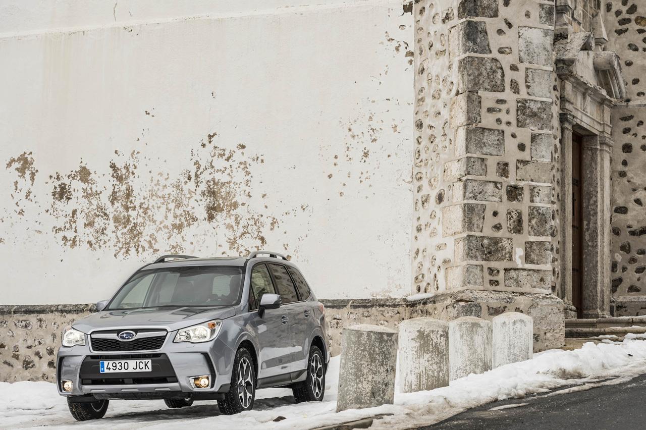 Foto de Subaru Forester 2015 (presentación) (1/33)