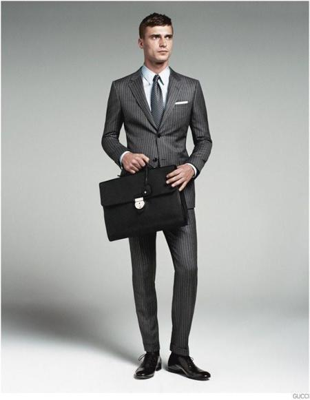 gucci-mens-tailoring-suit-collection-clement-chabernaud-001-800x1032.jpg