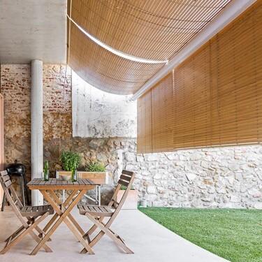 Ni toldo, ni vela, ni parasol: la sombra más estilosa se consigue con persianas de bambú