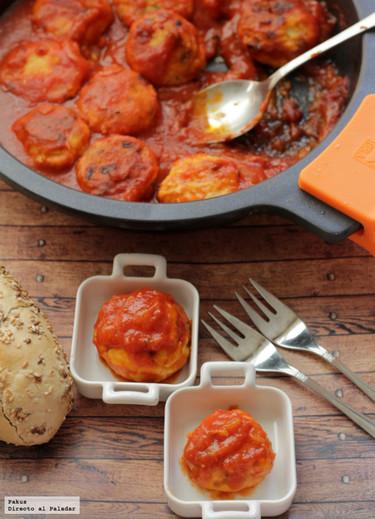 Receta de albóndigas de pollo con tomate