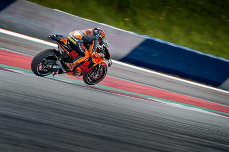 """KTM reconoce un error en su desarrollo en MotoGP y quiere otro equipo satélite: """"Nos centramos en la moto de 2022"""""""