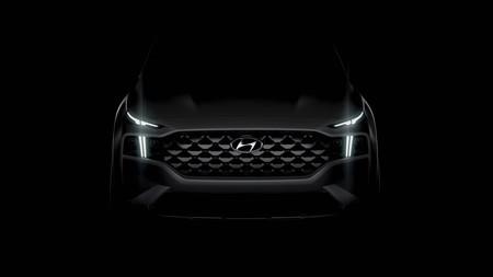 El Hyundai Santa Fe 2021 se asoma en este teaser, con un frente digno de 'concept car'