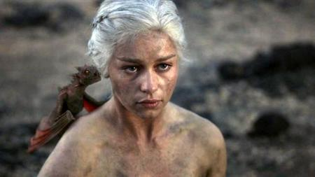 #AnimsKhaleesi Emilia Clarke y su (supuesta) lucha contra un aneurisma cerebral