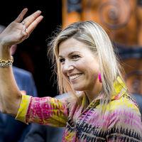 Doña Letizia no está sola, la Reina Máxima de Holanda también recicla su armario, repite modelito belga del 2013