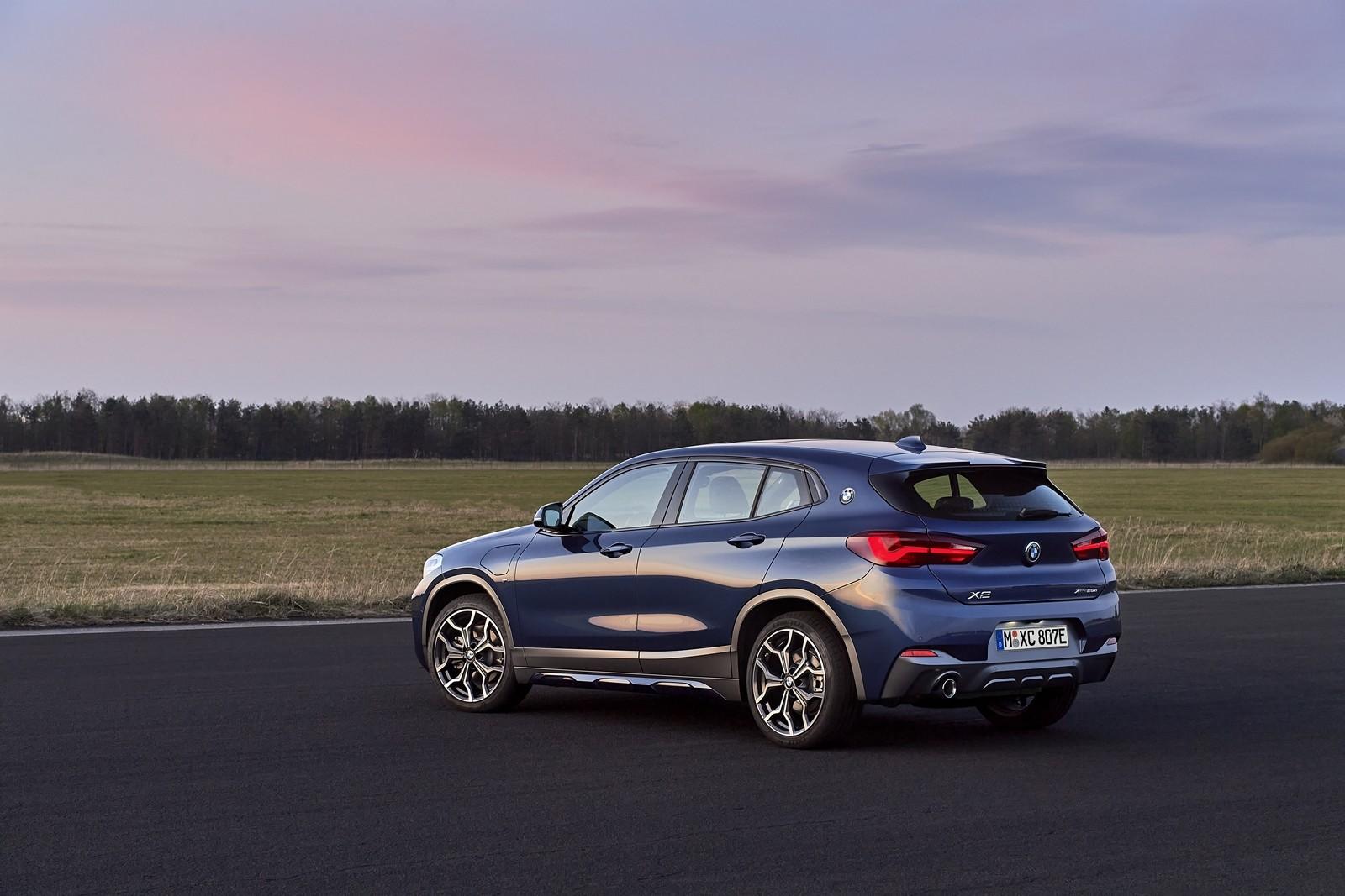 Foto de BMW X2 xDrive25e 2021 (42/53)