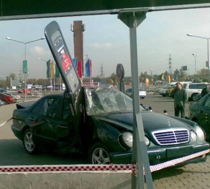 Los efectos negativos del teléfono móvil en la conducción