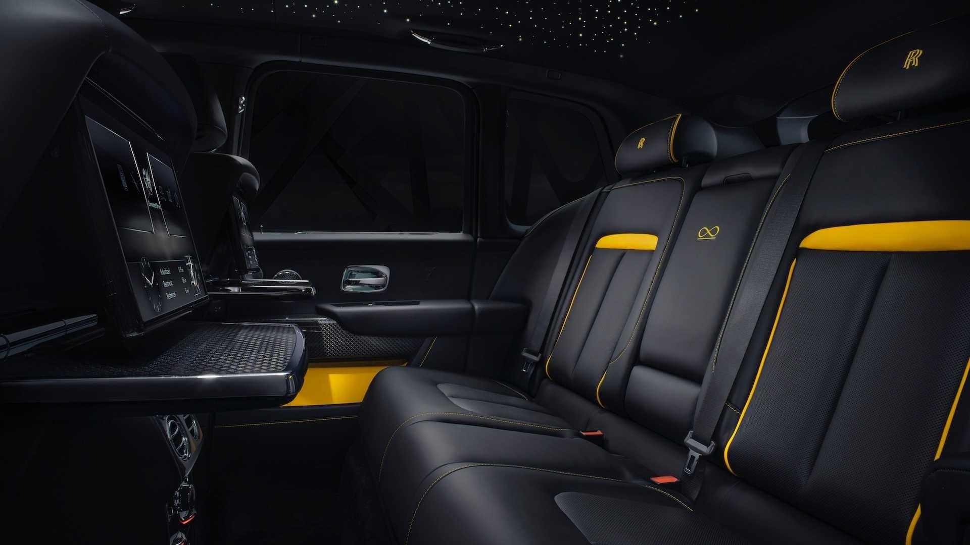 Foto de Rolls-Royce Cullinan Black Badge (7/26)