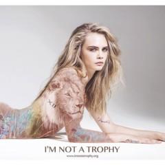 Foto 2 de 5 de la galería campana-de-cara-delevingne-para-i-m-not-a-trophy en Trendencias