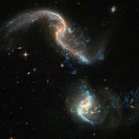 El Hubble captura una espectacular imagen de dos galaxias chocando entre ellas