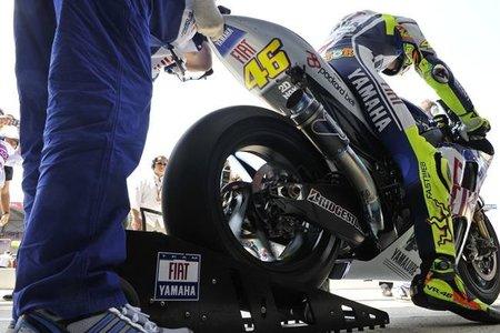 MotoGP Italia 2010: Valentino Rossi comienza marcando el ritmo en Mugello