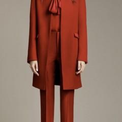 nuevo-lookbook-de-zara-para-el-otono-2010-looks-para-el-trabajo-vestidos-cortos-y-estilo-clasico