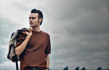 Salvatore Ferragamo presenta su colección de primavera con hombres de éxito