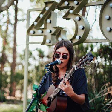 Carmen Boza: el diamante de la nueva generación de cantautoras que pone voz a la mujer de nuestro tiempo