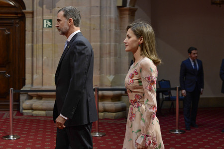 Doña Letizia se inspira en Karlie Kloss en un acto previo a la entrega de los premios Princesa de Asturias