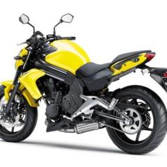 Foto 71 de 77 de la galería kawasaki-er-6n-2012-divertida-facil-y-con-estilo en Motorpasion Moto