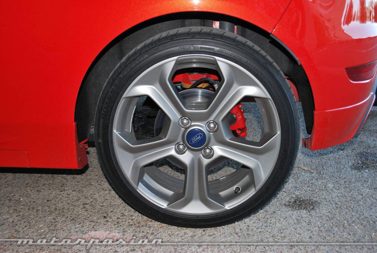 Foto de Ford Fiesta ST (presentación) (24/48)