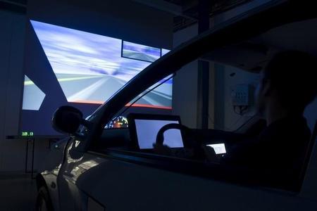 Nuevos tejidos podrán medir la fatiga del conductor al volante