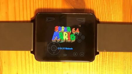 ¿Cuántas personas intentaran jugarlo? Logran emular el Nintendo 64 en un reloj
