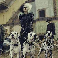 Emma Stone es Cruella de Vil en la primera imagen oficial del spin-off en acción real de '101 dálmatas'