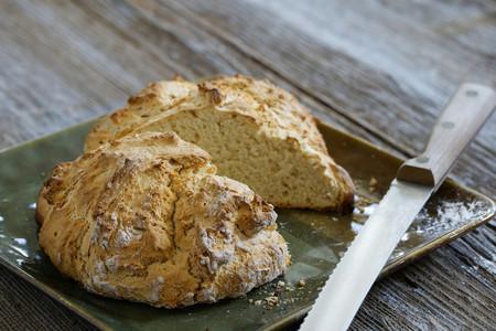 Cuatro recetas de pan de soda irlandés, el más fácil del mundo mundial (ideal para principiantes)