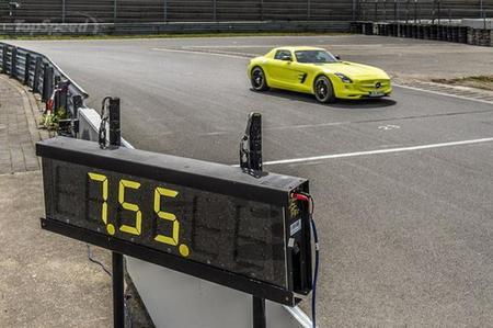 Mercedes SLS AMG Electric Drive Nurburging
