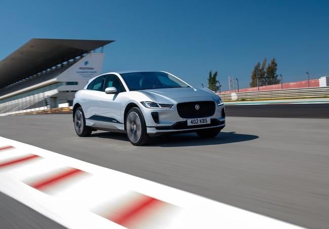 Ya puedes apartar tu nuevo Jaguar I-Pace por internet e ir cargando la pila para su lanzamiento en marzo de 2019