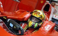 Valentino Rossi le pide a Ferrari un test