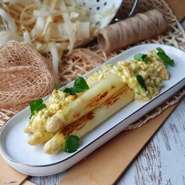 Los trucos de los grandes chefs para aprovechar el espárrago blanco: cocido, a la brasa, a la plancha y con qué acompañarlo