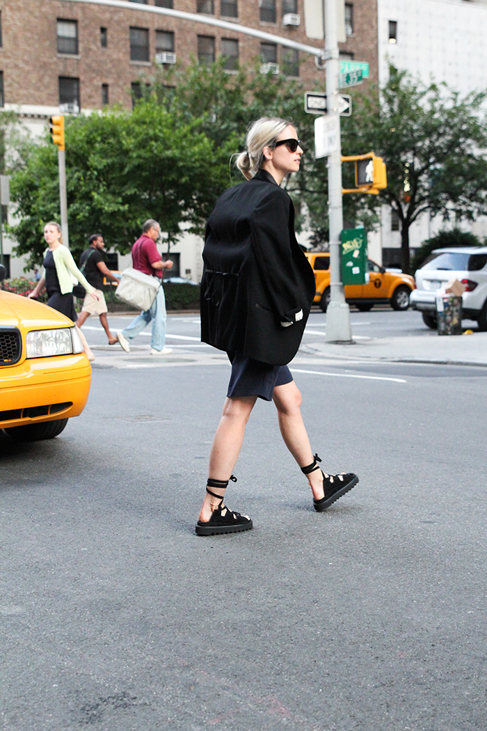 Los ugly shoes de Céline tienen su versión low-cost en ...