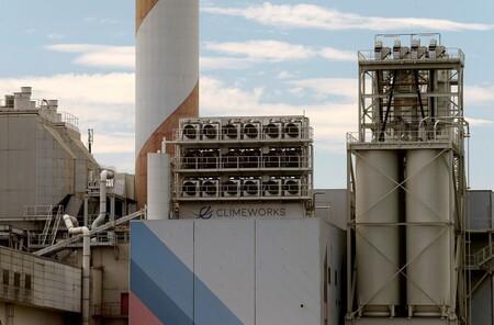 Islandia pone en marcha una planta de captura de CO₂ que atrapará del aire 4.000 toneladas de dióxido de carbono al año
