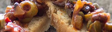 Caponata siciliana: la receta tradicional que revolucionará vuestro aperitivo