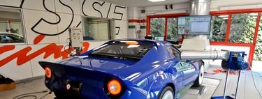 Así de bruto suena el V8 4.3 de hasta 600 CV del New Stratos, con llamaradas incluidas
