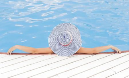 11 altavoces Bluetooth para escuchar tu música en la piscina